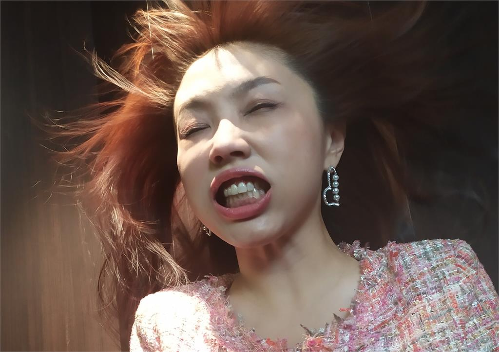 婦聯會遭鍘!劉樂妍哀喊「不留給中國人生路」網友搬法條打臉:廢到笑