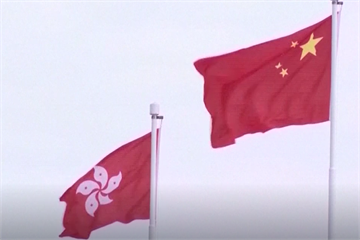快新聞/香港立法會壓倒性三讀通過《國歌法》 41贊成1反對