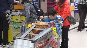 農曆春節將至 賣場年貨大街提前開跑