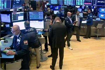 快新聞/華爾街股市收盤大漲 那斯達克首破1萬1000點大關