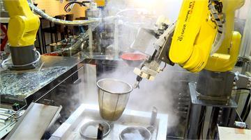 機器人煮牛肉麵給你吃 3分鐘立馬上桌!