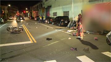 少年無照雙載撞巡邏警車 釀1死3傷