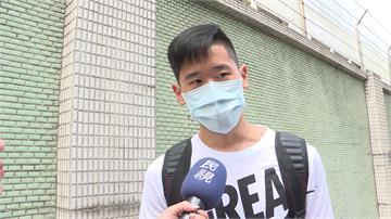 搭公車遭小黃惡意擋車 女學生PO網控訴