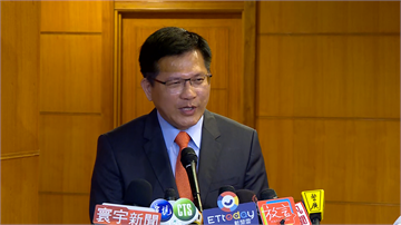 快新聞/台灣實施境管首日 林佳龍:一天就有1萬人返國!