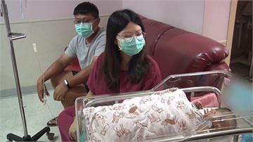 有產婦要生了!醫生狂奔...路過騎士熱心載人直送醫院
