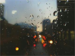 [2019/06/10]鋒前西南風增強 天氣不穩、局部短暫陣雨