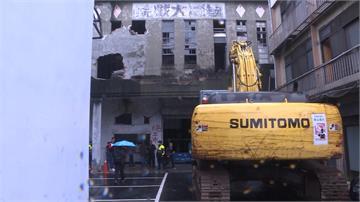 非古蹟?台中天外天劇場趁連假拆除 文化部火速拿公文南下阻擋