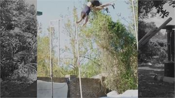 再挑戰世界紀錄?瑞典飛人自家後院練習撐竿跳