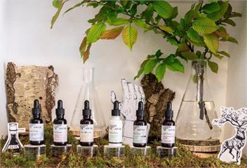 「開啟非凡植物護膚之旅」法國樹予Saeve寓意著樹木給予拯救肌膚的力量