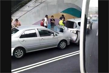 快新聞/連2起! 國道3號木柵隧道「9車連環追撞」