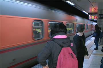 快新聞/台鐵鶯歌站旅客落軌遭自強號撞擊 意識不清送醫