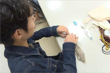無關性別!大男孩愛縫紉 用手工包成功創業