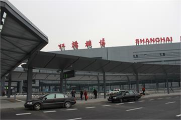 快新聞/上海虹橋機場25日零時起暫停境外航班起降 轉至浦東機場