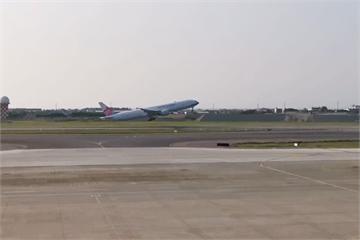快新聞/第2批湖北類包機桃機起飛 預定晚間載200餘人返台