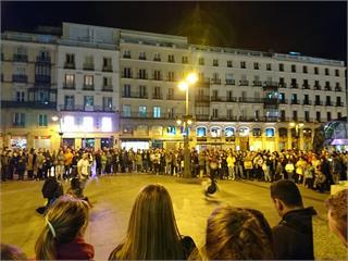 快新聞/民眾街頭抗議「要自由」 西班牙國會仍通過第5度延長緊急狀態