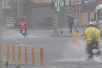 高雄超大豪雨 六龜日累積雨量破500mm