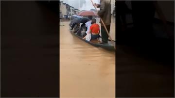 中國多地暴雨成災!高考生搭船趕考 橋梁一捏變石渣