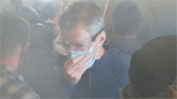 波特蘭市長聲援反種族歧視活動 遭催淚彈襲擊