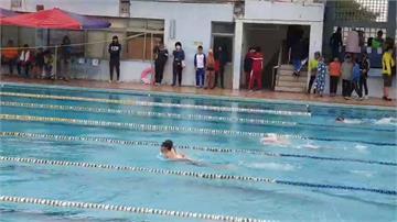 屏東中小學寒風辦泳賽惹議  喊卡擇日舉辦