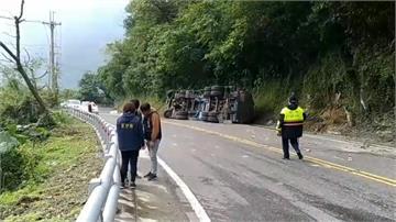 化學槽車意外翻覆 蘇花公路部分路段只出不進