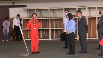 總統宣布空勤總隊飛行員加薪 月薪15萬起跳