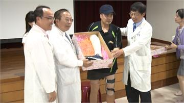 台灣醫療首例!足踝變膝蓋 3D列印義肢