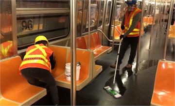 紐約地鐵首度中斷24小時營運 每天關門4小時消毒