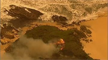 野火燒毀國土300萬公頃 雪梨跨年煙火照常惹議