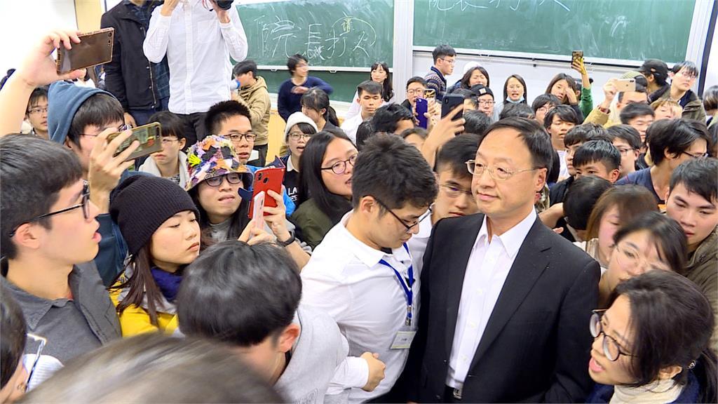 江宜樺到台大演講  學生:院長下令警察打人