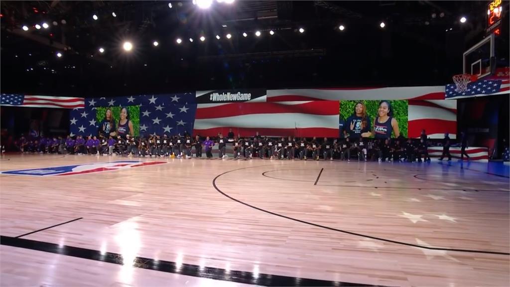 NBA/唱國歌皆單膝下跪 球員復賽爭種族平權