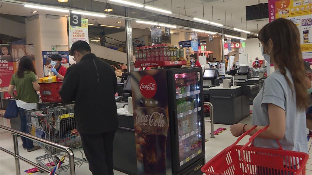 助民眾安心購物 中市府推公共場所「防疫三盾」