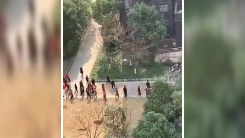 武漢勇民大喊「都是假的!」 中國官員報復:全面封門、禁出社區