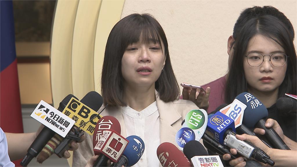 時力決策委員總辭沒了黨主席 黃國昌發文挺身救黨?