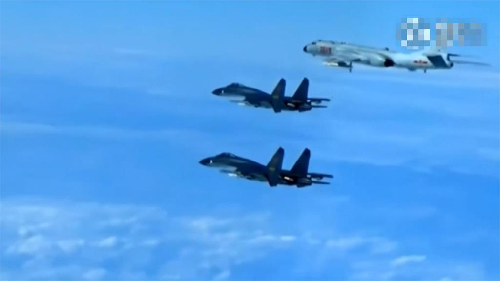無視境內疫情燒不完?中國竟派多架軍機擾台
