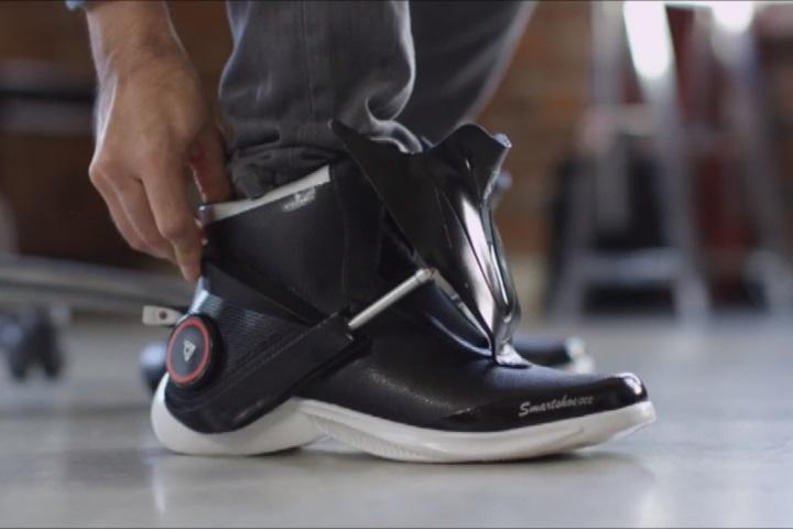 未來運動鞋超智慧 如貼身健康教練穿腳上