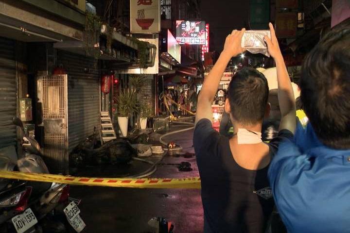 北市民權東路民宅起火 2名視障男子獲救