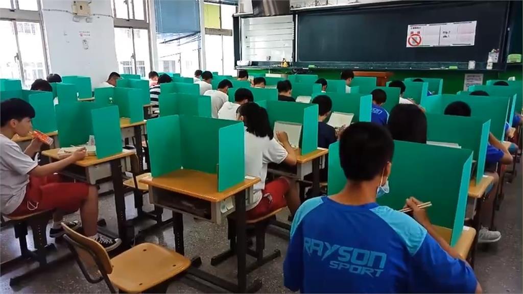 國中會考第一天!26名考生發燒啟用備用考場