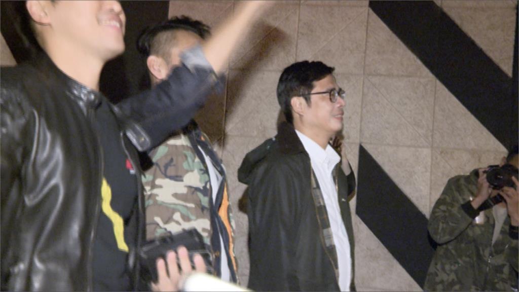 韓國瑜邀跨年 陳其邁婉拒:我歌聲不好