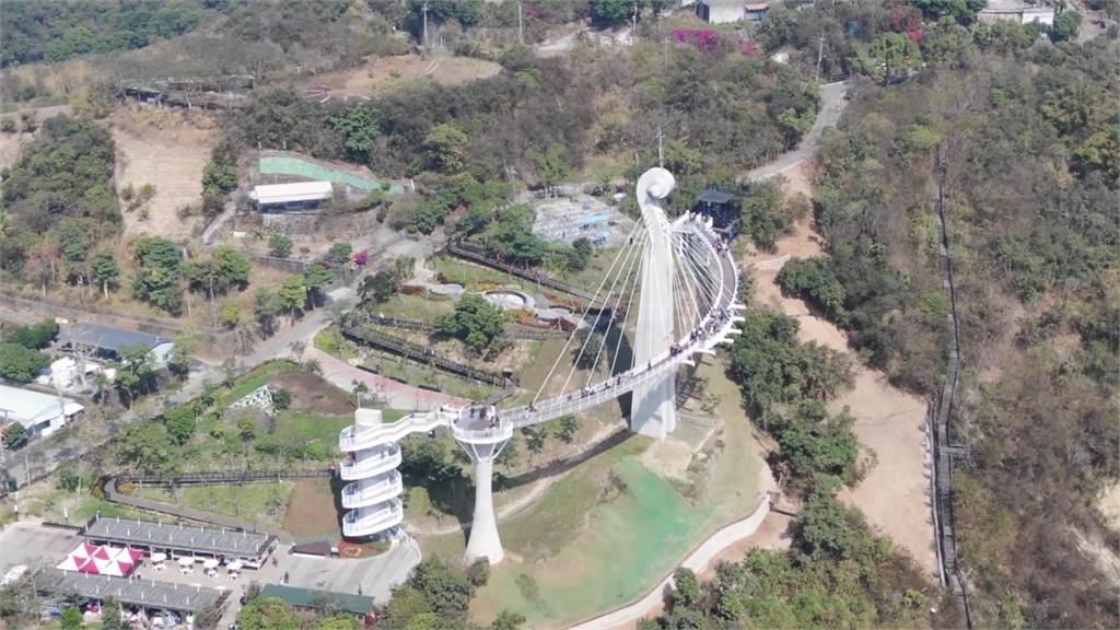 崗山之眼驚傳墜橋 觀光局:加高欄杆改進
