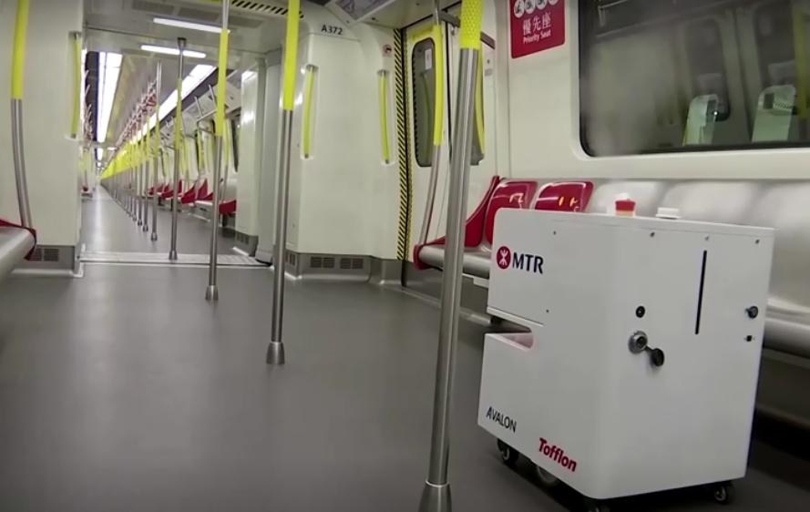 港鐵再升級 防疫機器人雙氧水噴車廂