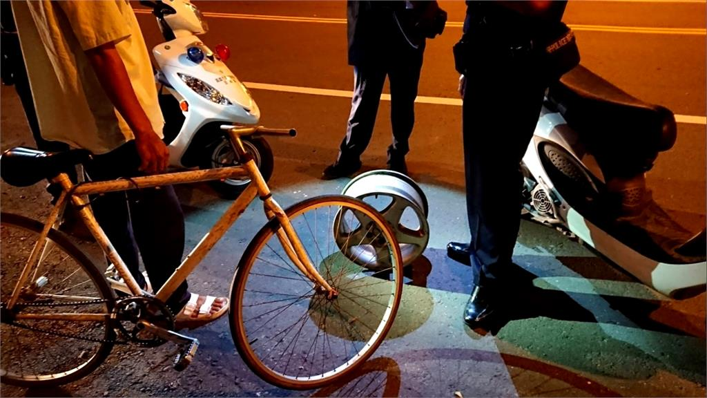 什麼都偷! 男子騎單車拿8公斤輪框 引盤查