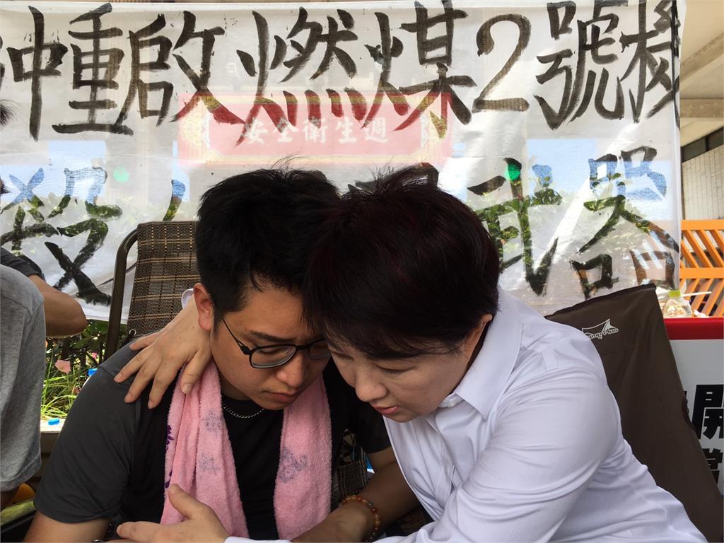 快新聞/又一位議員絕食敗陣 台中市議員羅廷瑋抗中火體力不支送醫