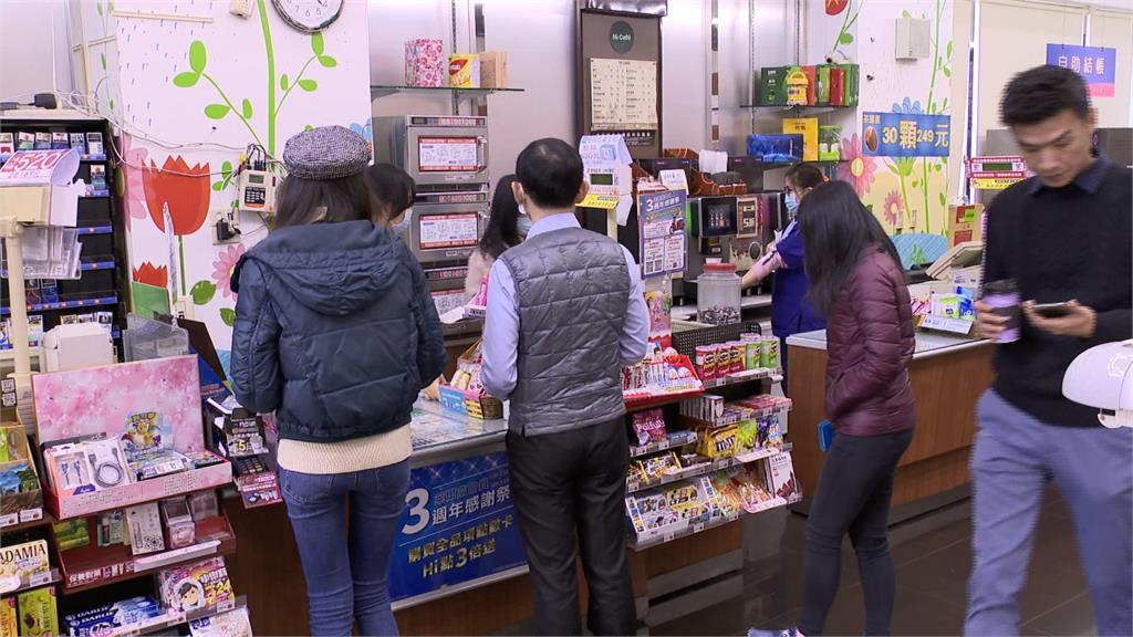 台灣超商被日本人嫌「很臭」?網友一面倒曝關鍵
