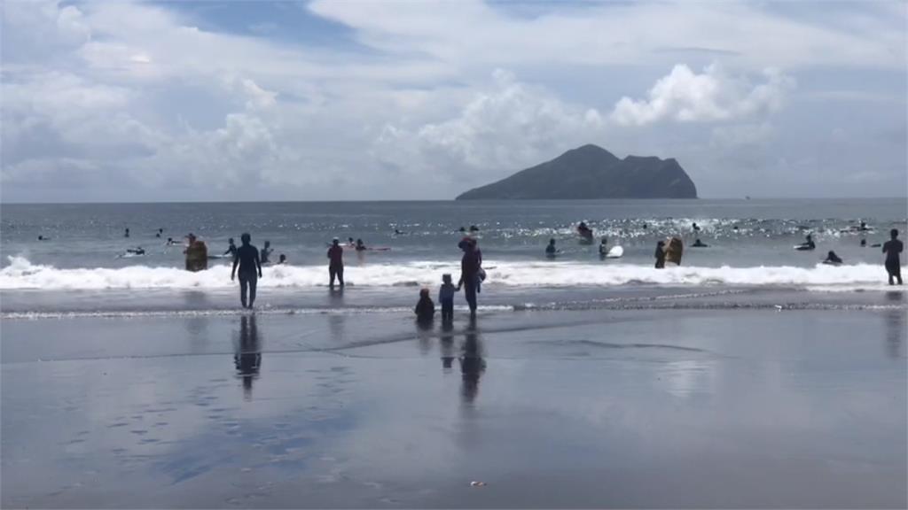 海警發布 野柳停售票、龜山島撤遊客