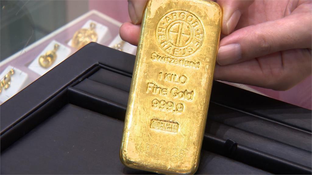 創下7年半新高!1兩黃金漲至63000元 爆黃金贖回潮