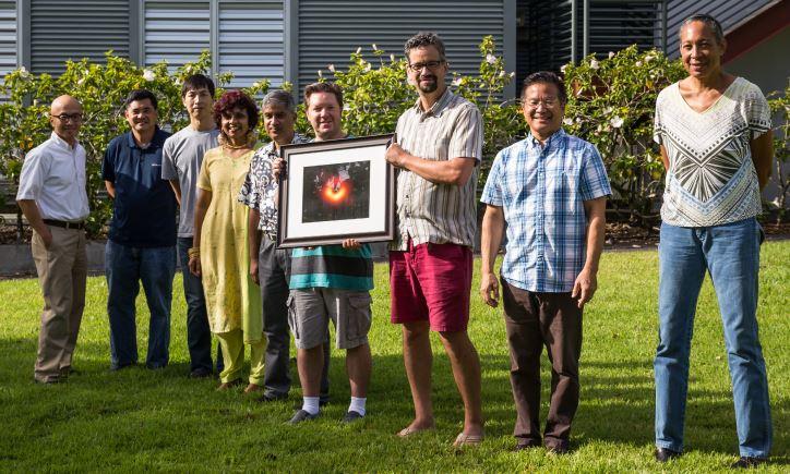 人類史上首次拍到黑洞!中研院參與團隊獲科學界奧斯卡獎