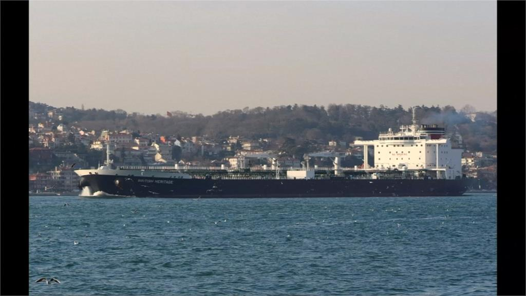 疑報復美國組護船聯盟 伊朗在波斯灣挾持英國油輪
