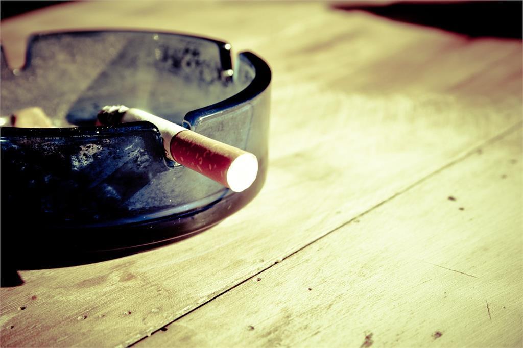 快新聞/國健署警示 吸菸者罹患肺阻塞風險高出6.3倍!