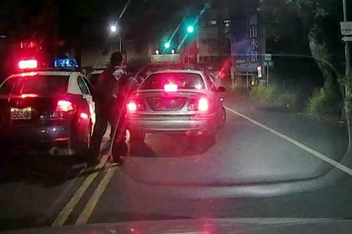 專挑落單女性下手 義警開車逮狡猾嫌犯