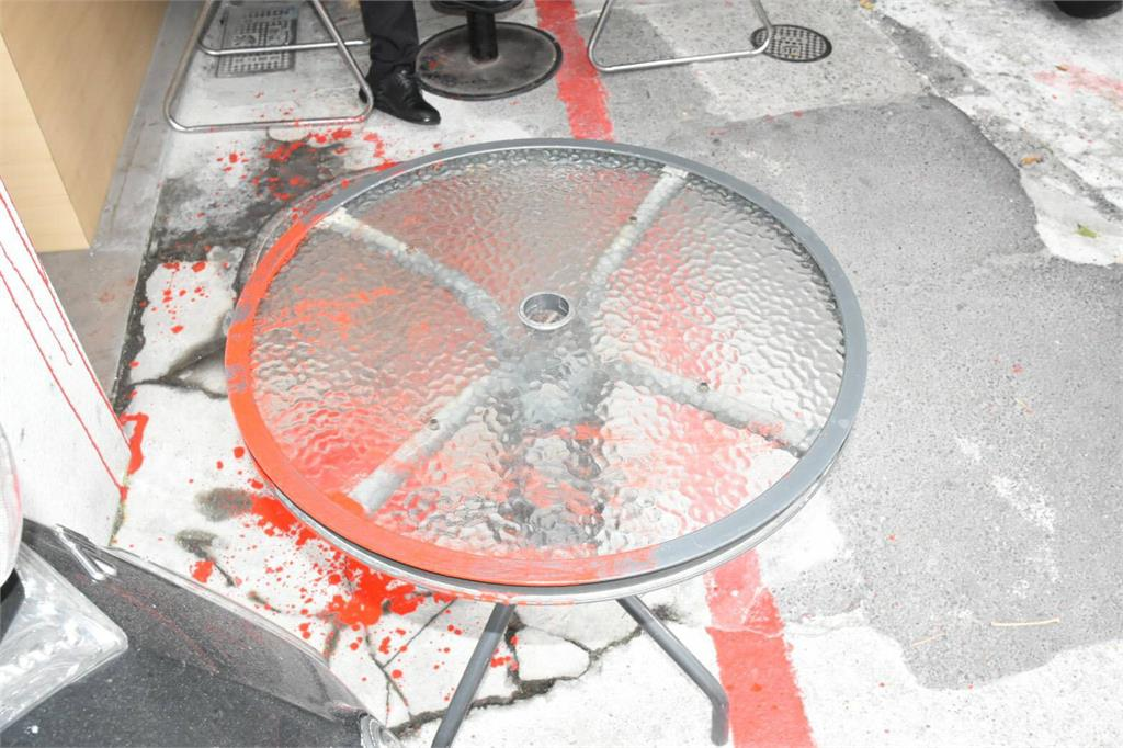 快新聞/銅鑼灣書店前店長林榮基 在咖啡廳遭人潑漆